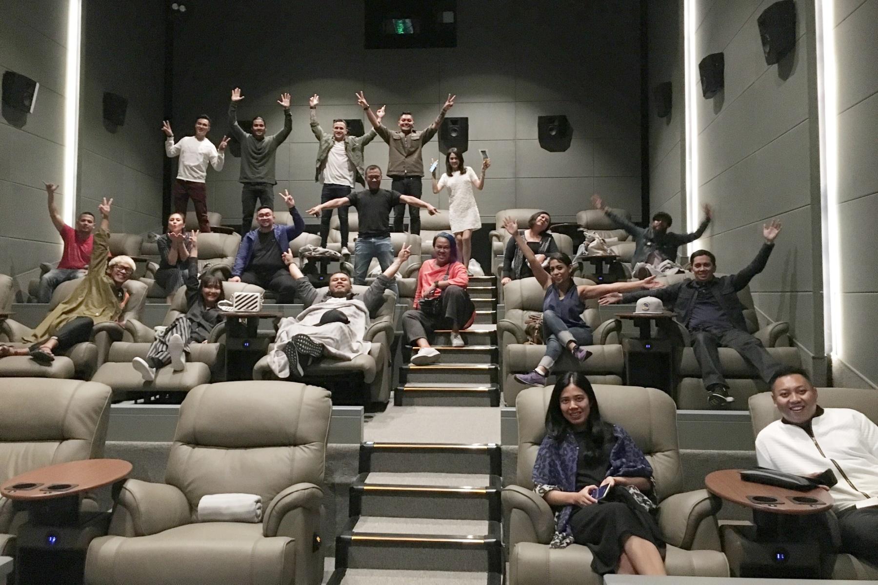 Alcons Pro Ribbons Deliver Flix Cinema S Platinum Quality
